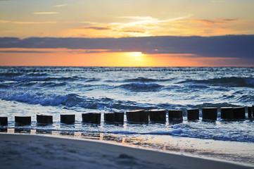 Fototapeta Morze Ocean waves at sunset