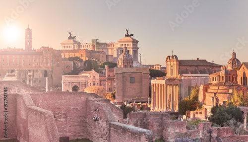 Photo Rome, view from the imperial holes, Altar of the Homeland, churches, Imperial Forums at sunset