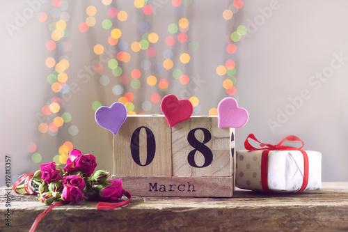 Láminas  March 8, wooden calendar, happy women's day