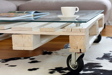 Pallet Coffee Table In Modern ...