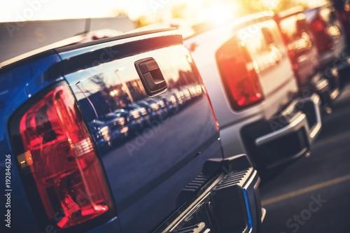 Obraz New Pickup Trucks For Sale - fototapety do salonu