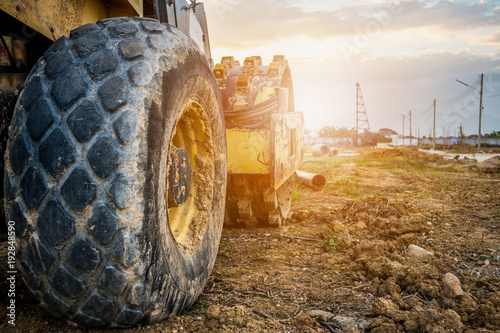 Fotografía  heavy machinery at construction site