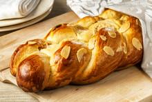 Christas Bread