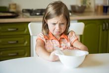 Cute Little Girl Refuses To Ea...