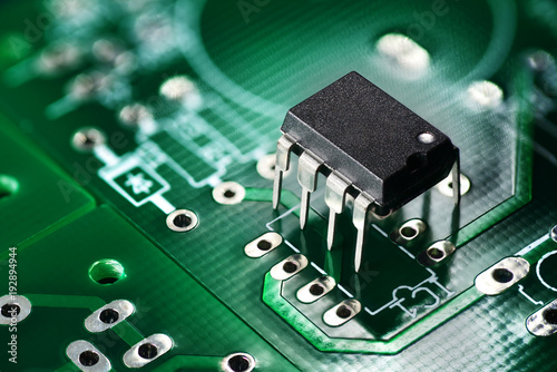 Fotografiet  Printed circuit board and chip