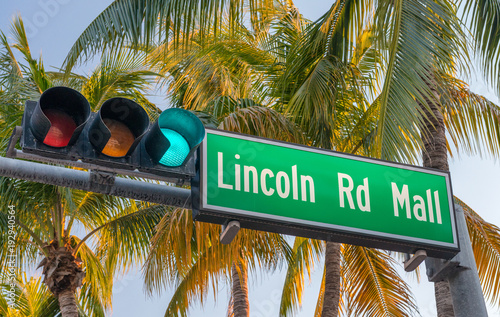 Fotografie, Obraz  Lincoln Road Mall street sign. It is a famous road of Miami Beach