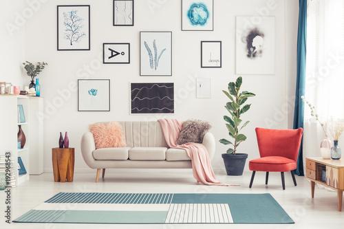 Fotografia Colorful living room interior