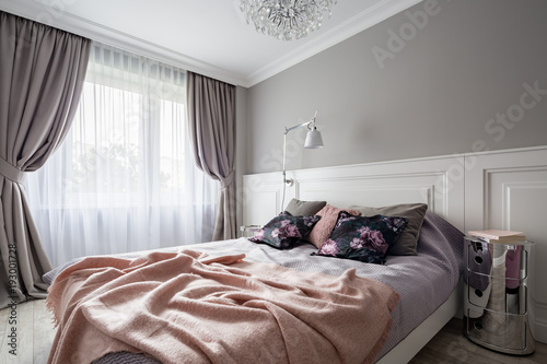 Fotografiet  Pastel bedroom with double bed