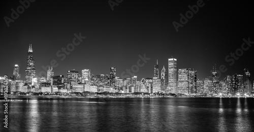Fototapety, obrazy: Big city skyline on water at night