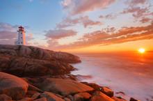Beautiful Peggy Cove Light Hou...