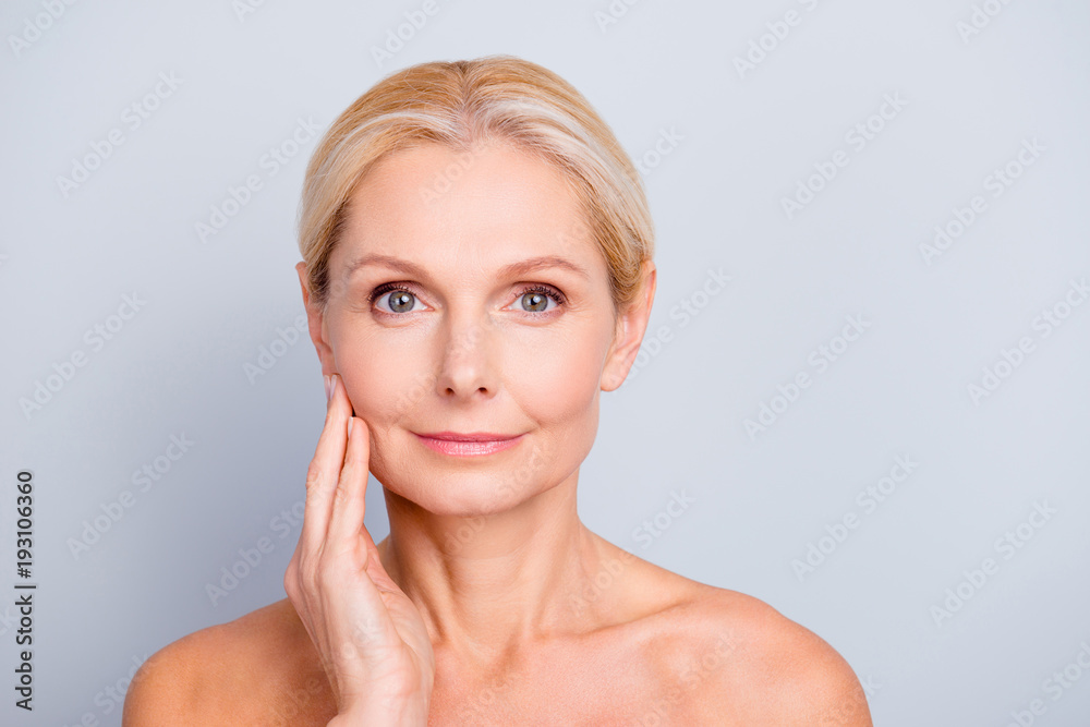Fototapety, obrazy: Portrait of pretty, attractive, charming, naked, nude woman touching her  perfect skin, isolated on grey background,  after peeling, lotion, mask, perfection, wellness, wellbeing, hydration concept