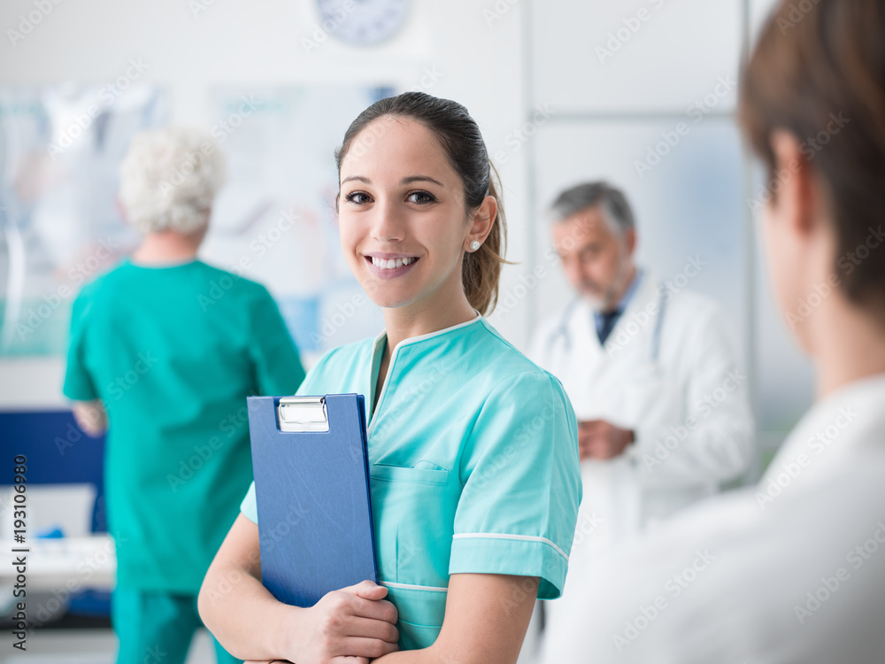 Fototapety, obrazy: Young nurse working at the hospital