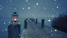Alte Öllampe Am Steg Im Winter