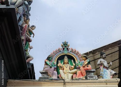 Plakat Świątynia Sri Mariamman w Singapurze