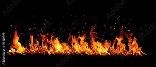 Blazing flames over black background Tablou Canvas