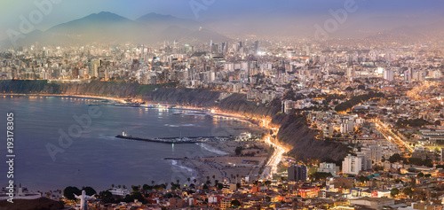 Foto op Aluminium Napels Panoramic view of Lima, Peru at blue time.