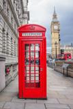 Fototapeta Londyn - Big ben and red phone cabin in London
