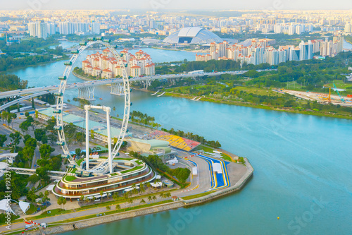 Photo  Singapore Flyer river aerial view