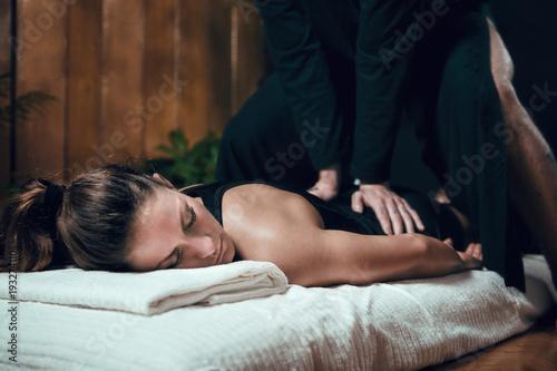 Photo Shiatsu Back Massage