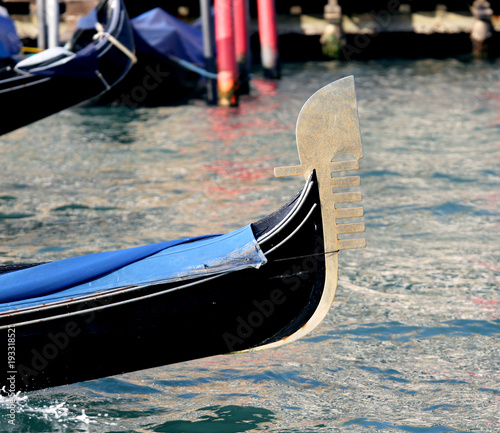 venetian boat called GONDOLA in Italian language in Venice Isle in Italy Canvas