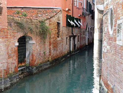 Fototapety, obrazy: Venice Italy A Narrow Canal with old houses