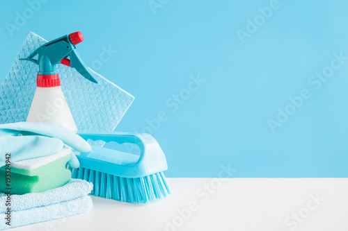 Cleaning set for different surfaces in kitchen, bathroom and other rooms Fototapet