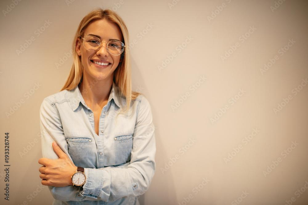 Fototapety, obrazy: She has got the right attitude