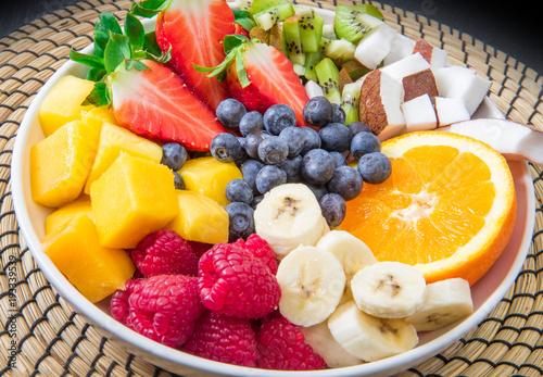 Poster Vruchten bowl of fruit salad