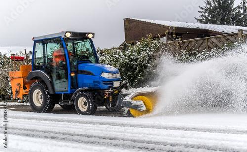 Winterdienst - Räumfahrzeug
