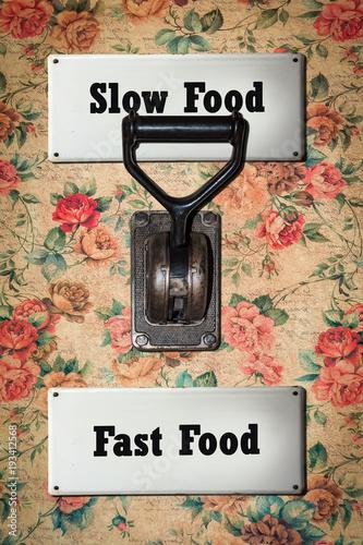 Fotografie, Obraz  Schild 304 - Slow Food