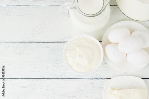 Papiers peints Produit laitier Different dairy products, white wooden background