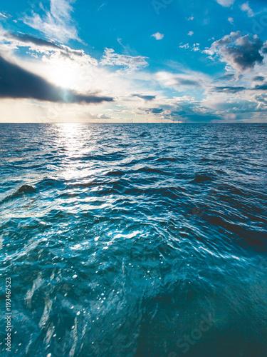 Fototapety, obrazy: seascape sea horizon and sky.