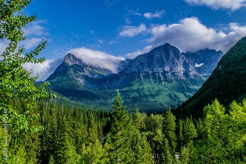 Fototapeta Beautiful Summer Day in Glacier National Park, Montana obraz