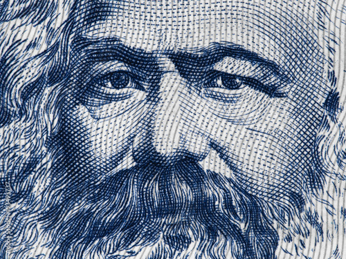 Fotografía Karl Marx portrait on East German 100 mark (1975) banknote closeup macro, famous philosopher, economist, political theorist, sociologist and revolutionary socialist