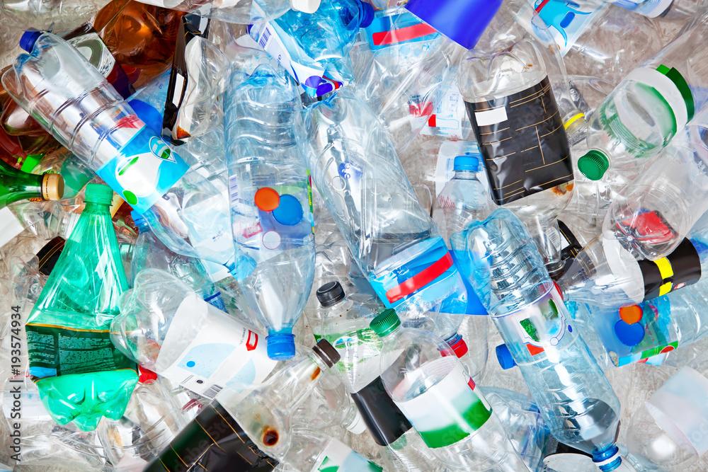 Fototapeta Big pile of empty plastic bottles.