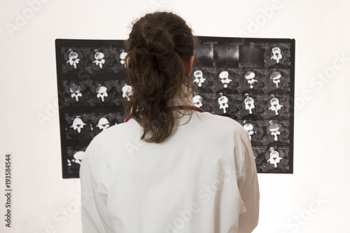 Fotografie, Obraz  Doctor looking at x-ray