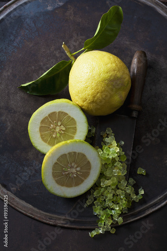Whole and half citron, citronat and cleaver