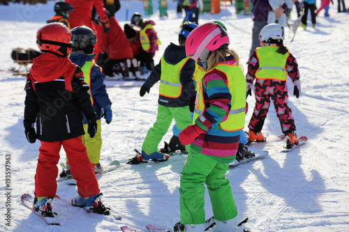 obraz PCV Kinder in der Skischule