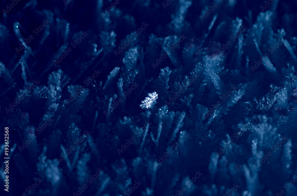 Fototapety, obrazy: A bright ice crystal among others, stand out from the masses