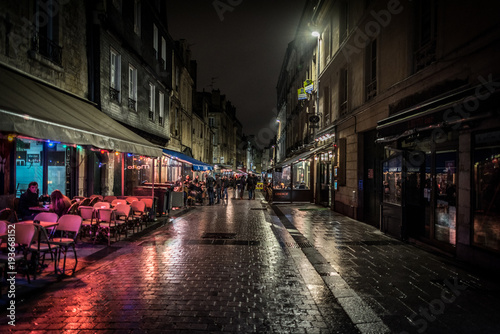 Cadres-photo bureau Ruelle etroite Architecture and attractions of the night city of France Caen