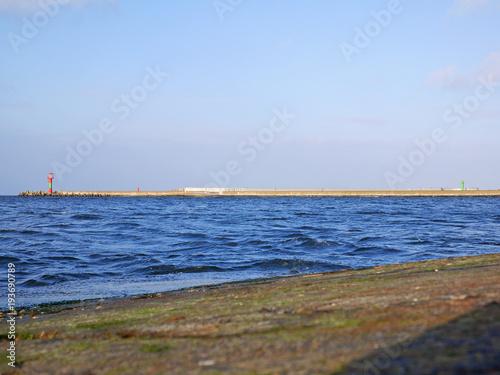 Zdjęcie XXL Nawigacyjny woda morska latarnia na niebiesko