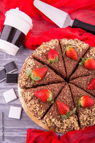 Plakat Ciasto czekoladowe z jagodami i orzechami