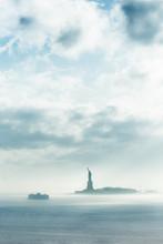 Staten Island Ferry Cruises Pa...
