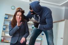 Criminal Taking Businesswoman ...