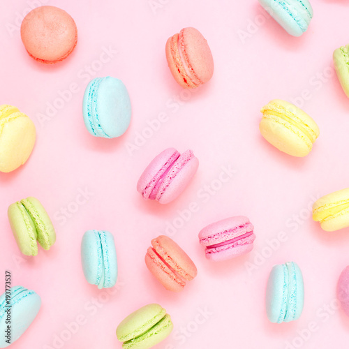 Poster Macarons Multicolored macaroons on pink background