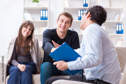 Canvas Prints Akt Family visiting psychologist for family problem
