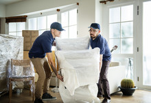 Furniture Delivery Service Con...