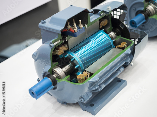 Fotografie, Obraz high power torque motor cutting section see trough