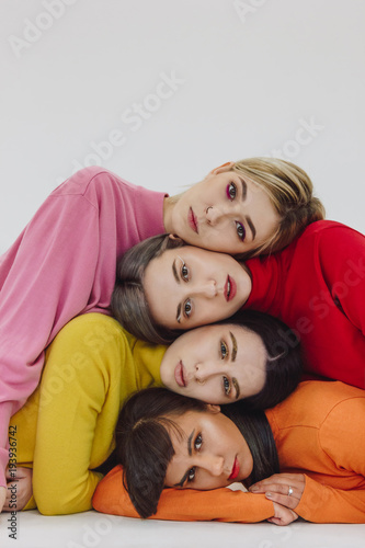 Cuadros en Lienzo four women on white background