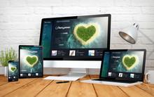 Romantic Travel Website Respon...